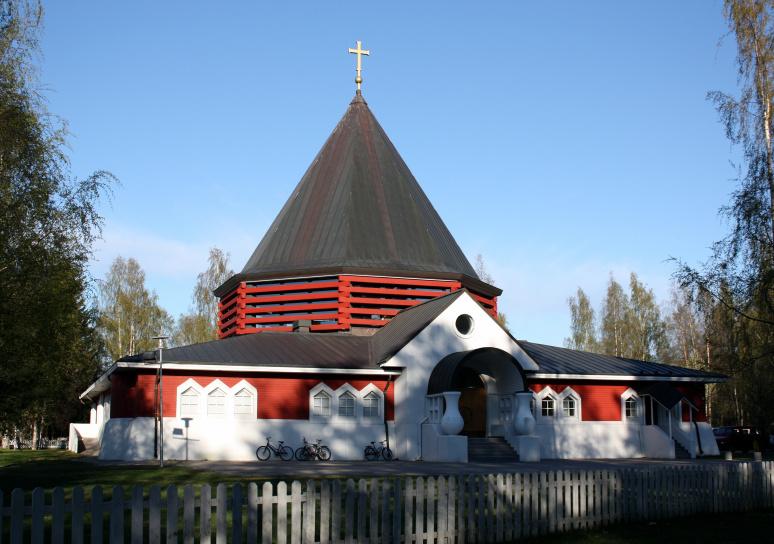holy_family_of_nazareth_church_oulu_20110521